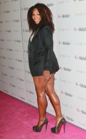 When you have legs as fierce as Serena's pair short shorts with a long blazer to hide your tush and all heads will turn.